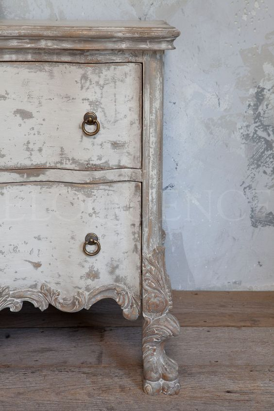 Roma Commode in stone finish with pickled white details from Eloquence. GustavusSwedish decor inspiration, French and Gustavian Design Style from Eloquence. #swedish #interiordesign #frenchcountry #gustavian #nordic #decoratingideas #whitedecor #eloquence #furniture