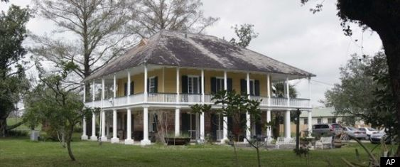 Home Plantation Homes And For Sale On Pinterest