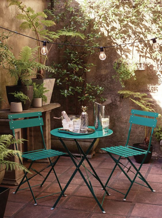 ガーデン アウトドア テーブル 金属 スチール イメージ