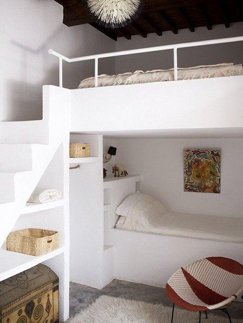 Plusieurs très belles idées de lits superposés sur mesure.