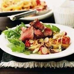 Salade Waldorf au bœuf