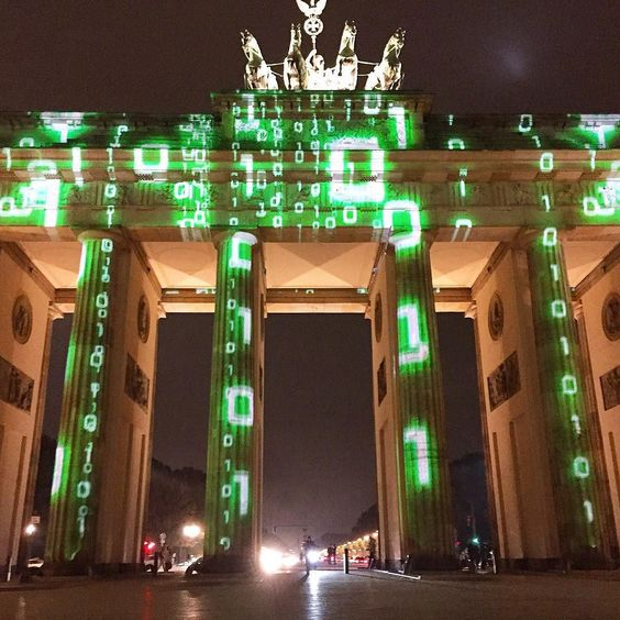 #Berlin #Deutsch #Duetschland #Germany #brandenburg #brandenburggate #Light #Berlinfestivaloflights #Festivaloflights #Matrix #Glitsch #WhatifItoldyou #Art #Artaintit #sehrgut by percyingle