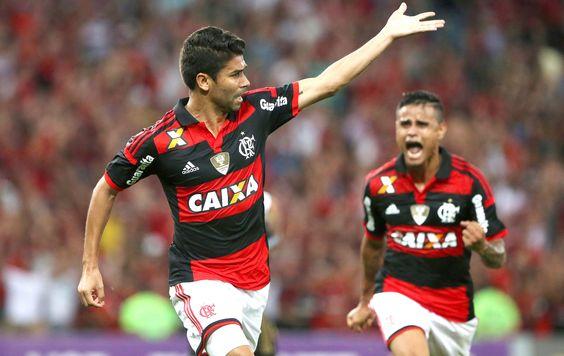 Gol marca reencontro de Eduardo da Silva com as redes após três meses (2000×1264)