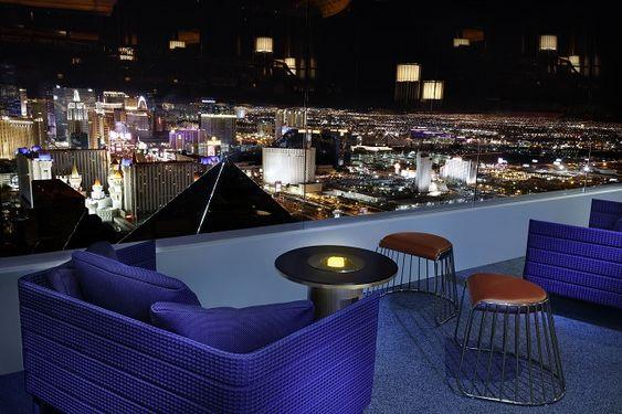 Skyfall Lounge - Balcony