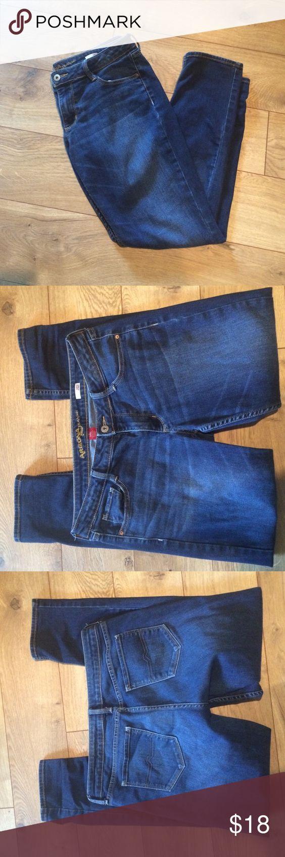 Arizona jeans super skinny Size 11 short 78%cotton 20%polyster and 2 % spandex Arizona Jean Company Pants Skinny
