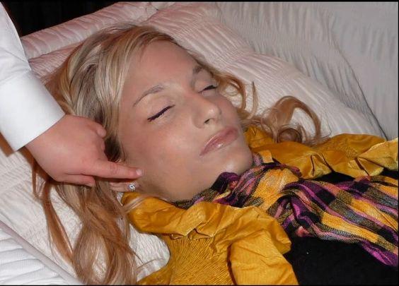 Jessica Harris | Ethernal sleep | Pinterest