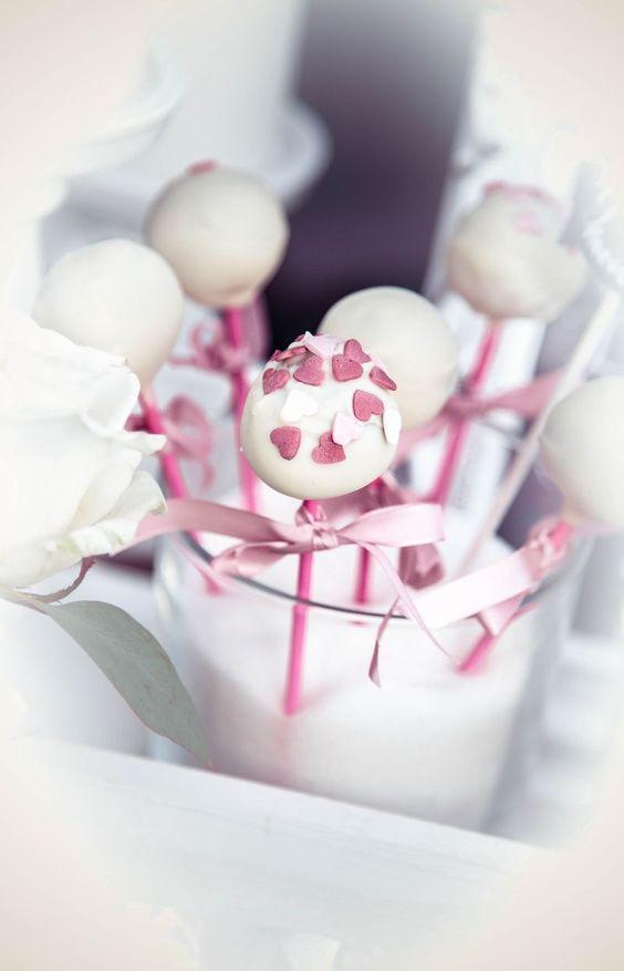 """Cakepops - Ein """"Must Have"""" auf jeder Candybar."""