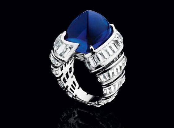 Biennale des Antiquaires 2014 - Alexandre Reza. Anello Turban con diamanti e zaffiro blu