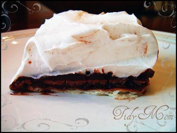 saltine cracker pudding pie