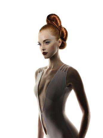 präsentiert von www.my-hair-and-me.de  #women #red #hair #hochsteckfrisur #rote #haare #dress