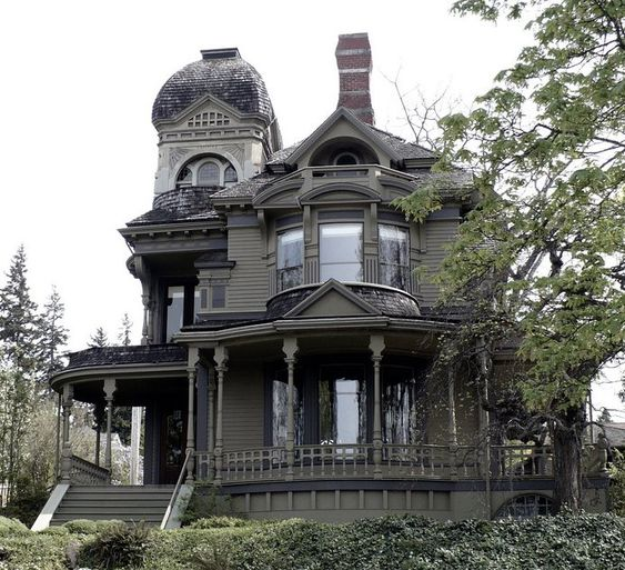 Gothic House I 39 D Love To Live Here Imagine Having A Halloween Party