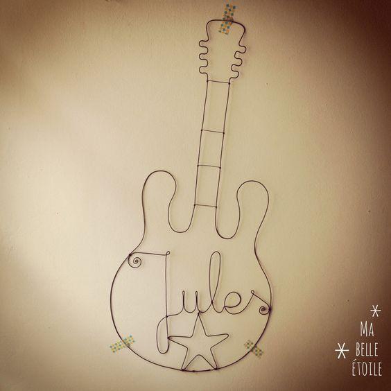 Guitare Fil de Fer au prénom de l'enfant : Décorations murales par ma-belle-etoile