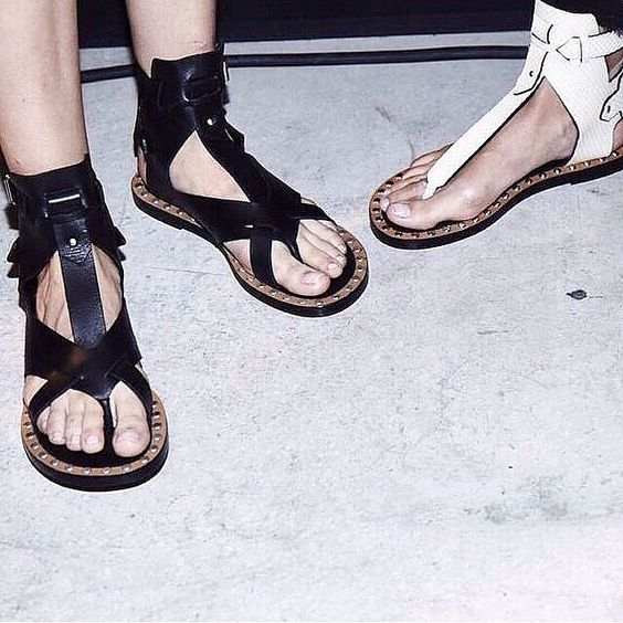 IM sandals at @taoofsophia instagram
