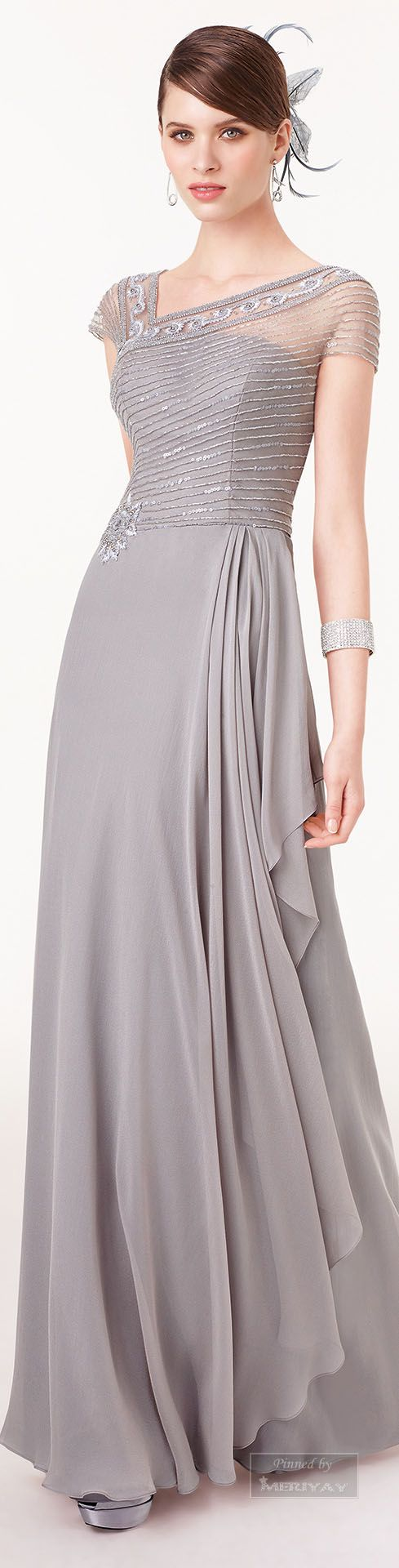 Mama de novia, velo Aire Barcelona ~ Evening Gown, Silver Grey, 2015.