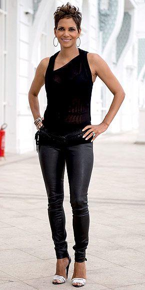 Last Night's Look: Love It or Leave It? - HALLE BERRY - Last Night's Looks, Halle Berry : People.com