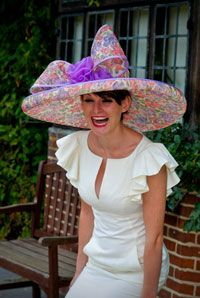 Find out how to choose the best over-the-top hat for the Kentucky Derby or England's Royal Ascot with tips from milliner to the stars Tracey Mogard of Herald and Heart.