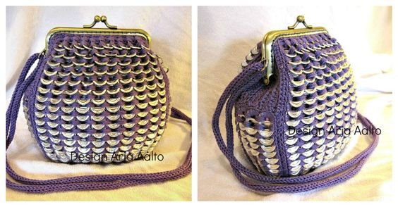 Soda can tab purse. More creations on page: http://www.facebook.com/ArjasUni