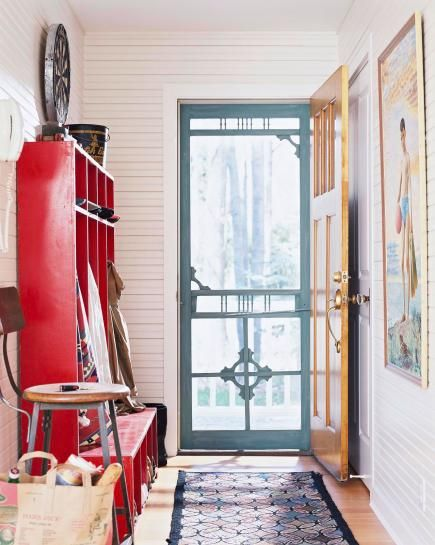 All those random items you love can add up to a great-looking home. This Michigan cottage shows how to make eclectic work, with its mix of antiques, modern furniture and outsider art.