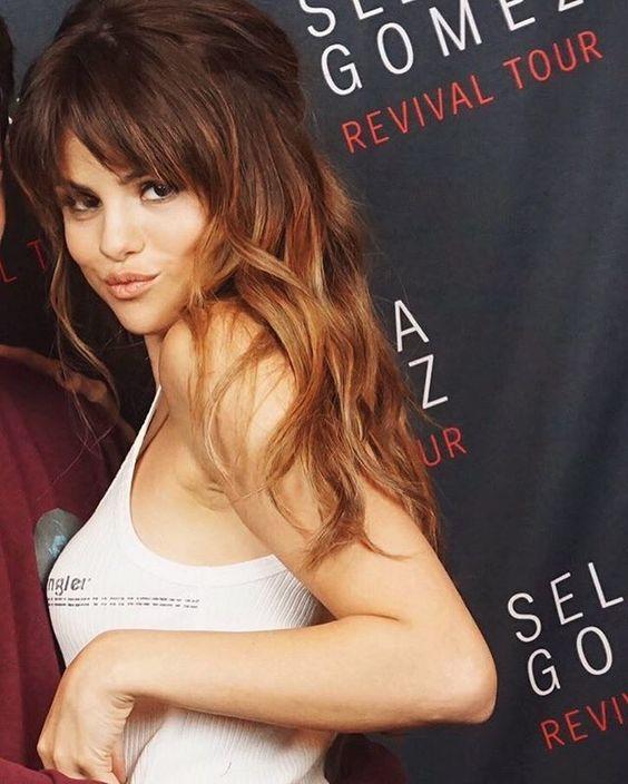 Selena's bangs