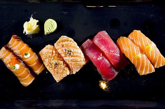 Sushis de salmão e atum servidos no rodízio do Kappa & Kanashiro