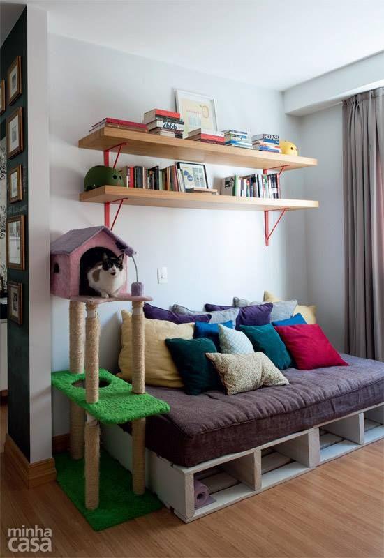 Sofá/Cama com Pallet + Arranhador CatCasa