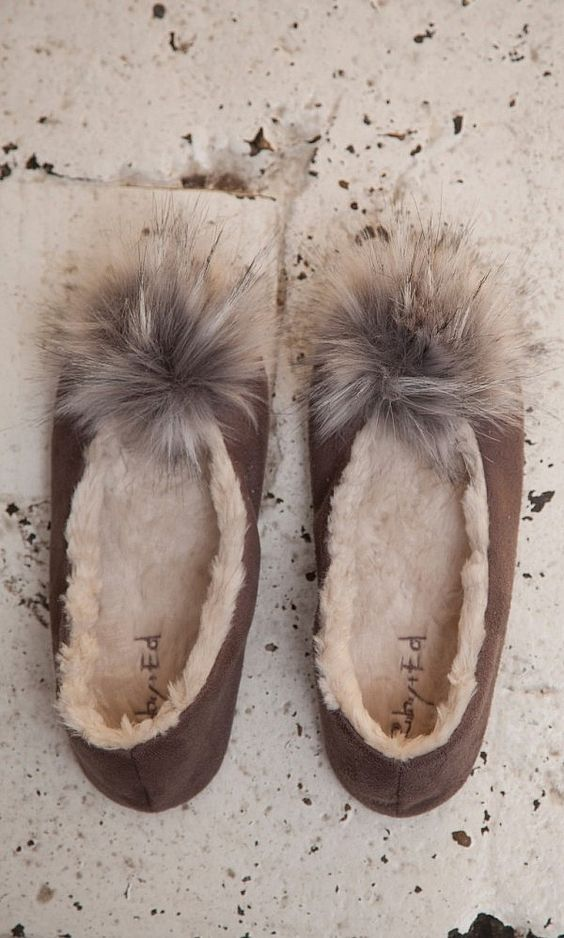 These Slippers Are The Chicest Gift You Can Give This Christmas