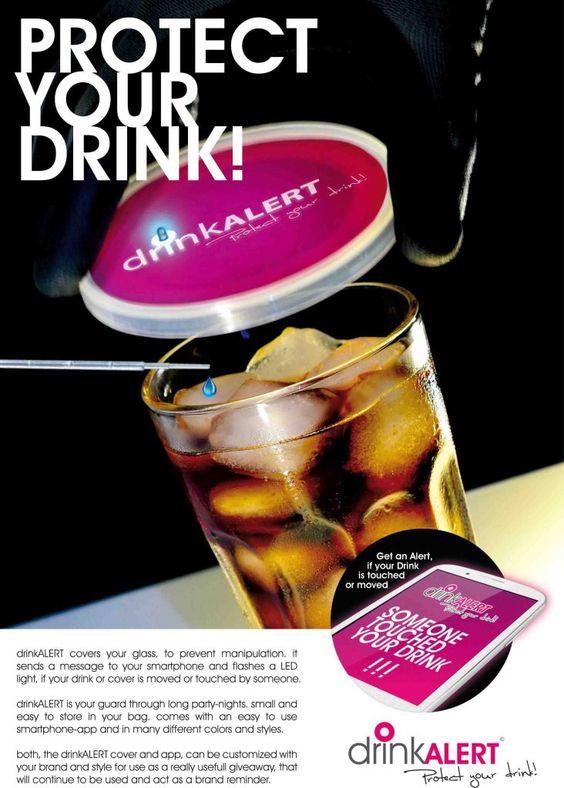 Getränkeabdeckung mit Mehrfachnutzen.  Grundgedanke der Getränkeabdeckung ist es eine Abdeckung für offen stehende Getränke zu schaffen, die in der Anwendung über das bekannte Maß hinaus geht.