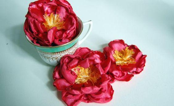 DIY tutorial: Handmade Peony flowers