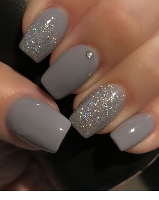 Grey short nails that I must have next