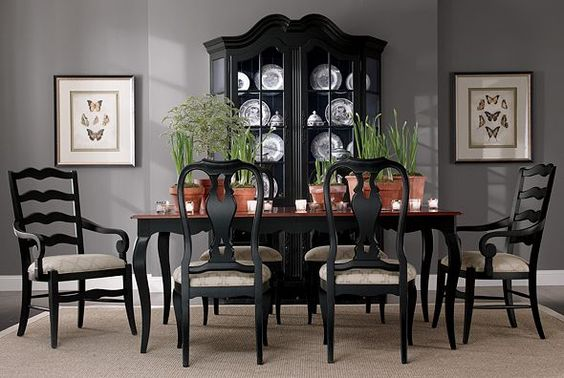 Love the black dining room furniture with the grey walls for Black dining room walls