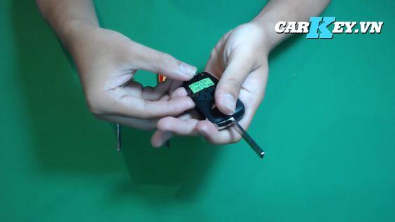 Làm chìa khóa Chevrolet Cruze