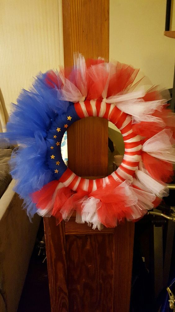 Flag tulle wreath