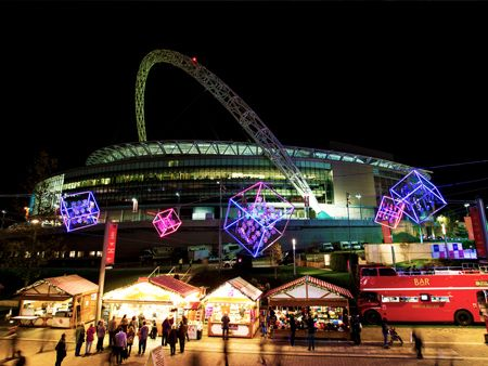 #LONDONMOMENTS  Ice Skating at Wembley. More London ice rinks: http://ow.ly/U0pLt