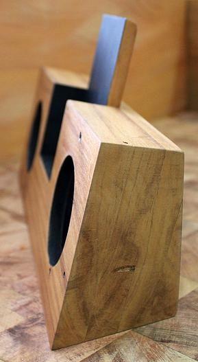 perobaporquetequero | Caixa de Som Passiva para IPhone