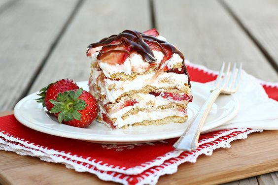 Let's Dish Recipes: STRAWBERRY ICEBOX CAKE
