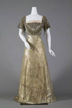 Dress, 1910. Reville & Rossiter.
