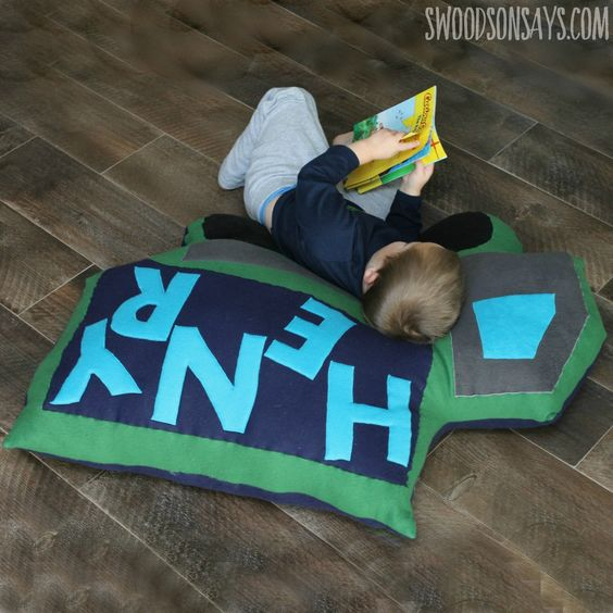 Mega Dump Truck Floor Pillow PDF Sewing Pattern Free sewing, Sewing patterns and Stuffing