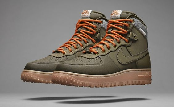 NIKE SPORTSWEAR INTRODUCES SNEAKERBOOTS COLLECTION