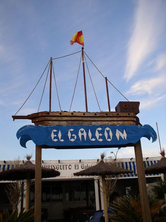 El Galeon. #Chiringuito (Spanisch für Strandbar) in Zahara de los Atunes. Herrlicher Blick auf den #Atlantik und die weißen Sandstrände von hier.