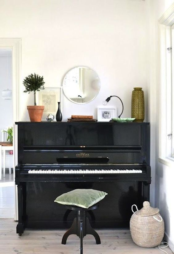 Piano via Mary Made This Blog I Remodelista   www.lab333.com  https://www.facebook.com/pages/LAB-STYLE/585086788169863  http://www.labs333style.com  www.lablikes.tumblr.com  www.pinterest.com/labstyle