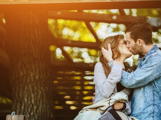 In middle school, some of us swiped through magazines for the the best tips on how to kiss. Some of us asked our older sisters for their advice. Some of us traded kissing dos and don'ts during sleepovers with friends. Whatever your source for the best way to kiss, you eventually figured out how to