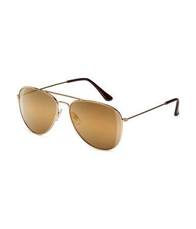 Aviator-style sunglasses. H&M. #ACCESSORIZEINHM