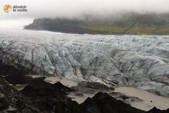 Islandia es un país caro. No obstante, se puede viajar por el país con un…