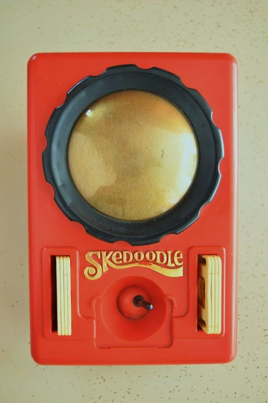Vintage 70s or 80s Toy Skedoodle by Hasbro