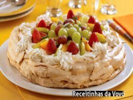 Veja a receita: Torta de abacaxi gelada