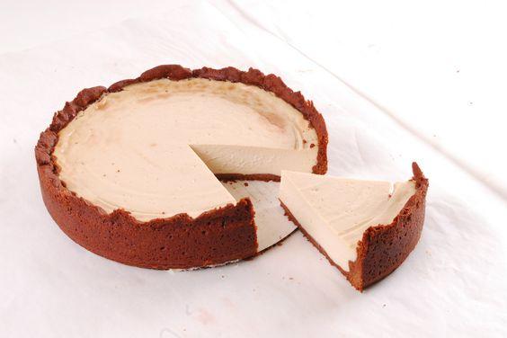 Healthy & Delicious Vegan Lime Cheesecake