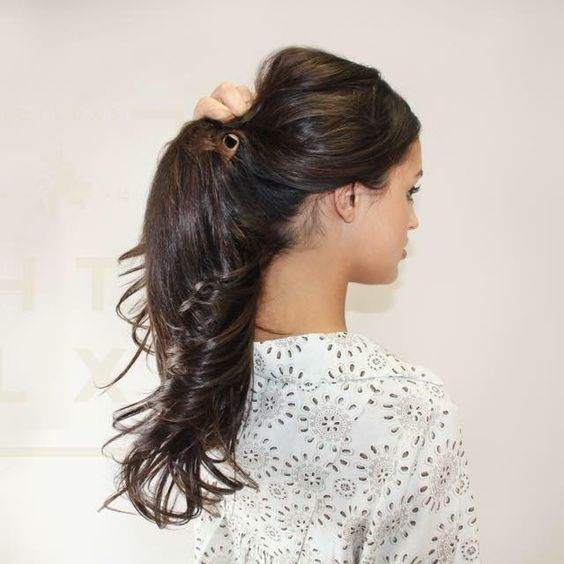 Simple pony tail the believable way to wear hair extensions www simple pony tail the believable way to wear hair extensions hotloxs pmusecretfo Images