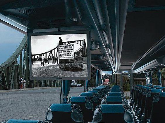 Videobustour durch die Filmstadt Potsdam (rf) Eine multimediale Stadtrundfahrt und eine (Zeit-)Reise zu den berühmten Drehorten und Schauplätzen der Stadt ist die Videobustour durch Potsdam. Auf ihr erlebt man die bewegte Filmgeschichte ...  http://www.reisefernsehen.com/ausflugstipp/387115a2800a9150d-videobustour-durch-die-filmstadt-potsdam.php