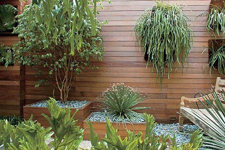 jardim-vertical-painel-madeira.jpg: How To Decorate, Jardim Vertical, Indoor Gardens, Gardens Gardens, Vertical Gardens, Wood,  Flowerpot