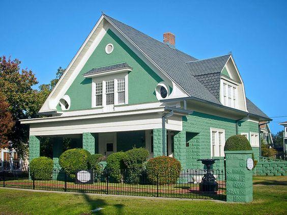 Tonos de verde fachadas pinterest con clase colores - Casas color verde ...